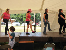 Dee's Country Kickers - kicking it up!
